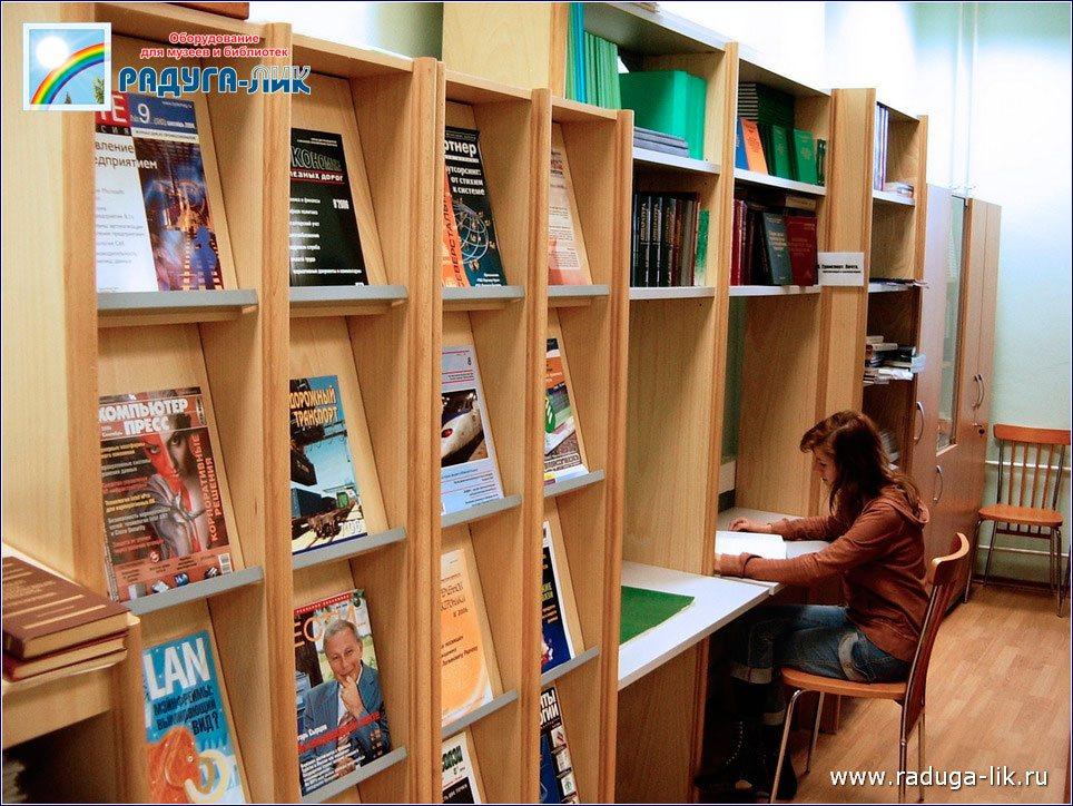 Библиотечная мебель из массива.